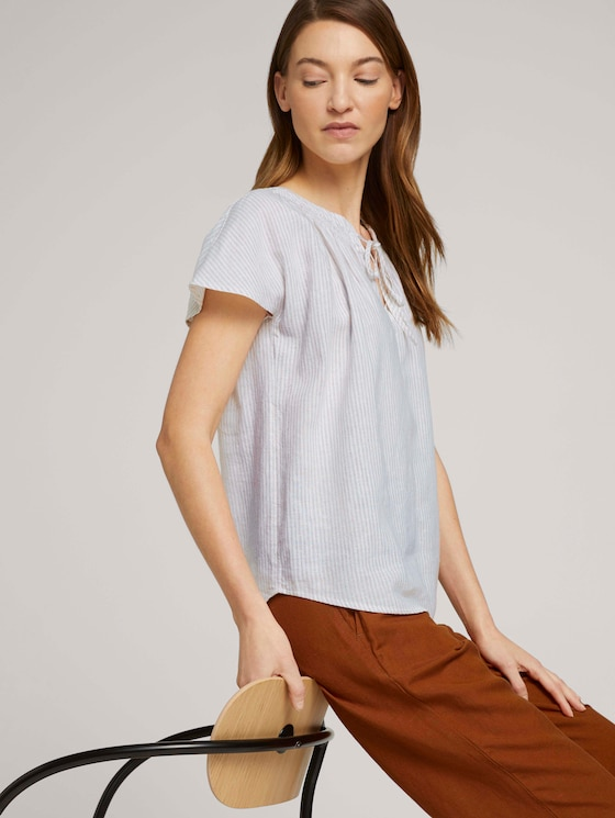 Short-sleeved blouse with linen - Women - offwhite thin stripe woven - 5 - TOM TAILOR