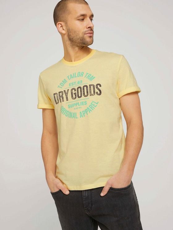 Gestreiftes T-Shirt mit Print - Männer - yellow fine stripe - 5 - TOM TAILOR