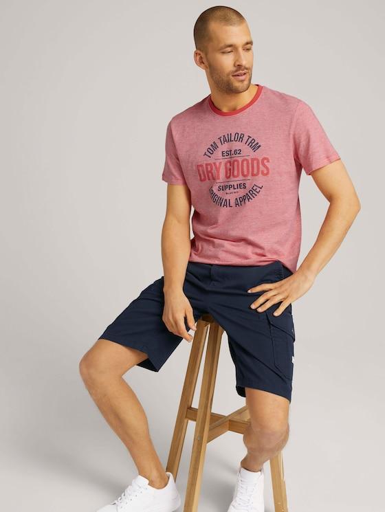Gemustertes T-Shirt mit Print  - Männer - plain red yarn dye stripe - 5 - TOM TAILOR