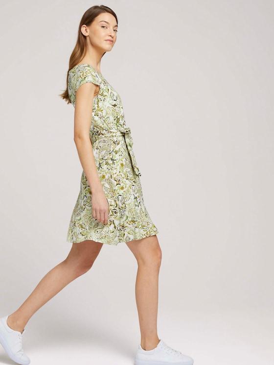 Gemustertes Jerseykleid mit Bindegürtel - Frauen - green paisley design - 5 - TOM TAILOR