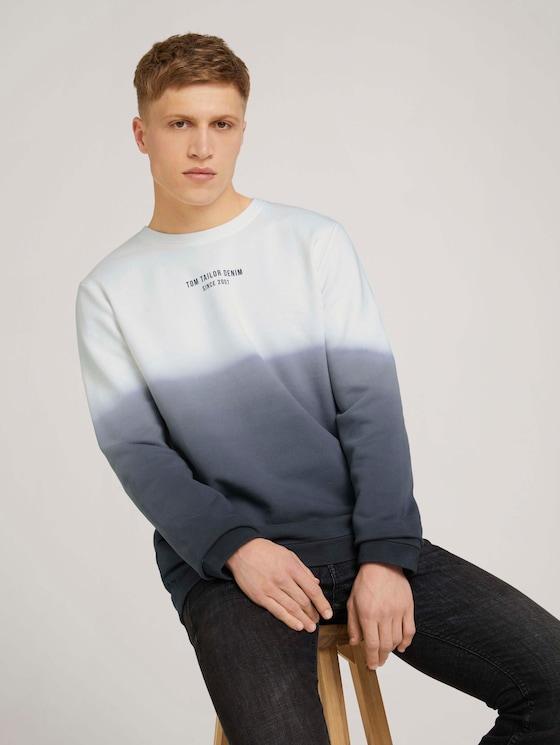 Sweatshirt with a gradient - Men - Sky Captain Blue - 5 - TOM TAILOR Denim