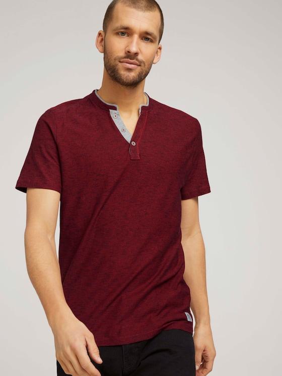 Gestreiftes T-Shirt mit Henleyausschnitt - Männer - power red fine stripe - 5 - TOM TAILOR