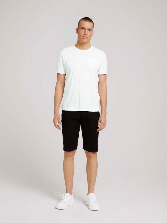 Chino Slim Shorts mit Bio-Baumwolle - Männer - Black - 3 - TOM TAILOR