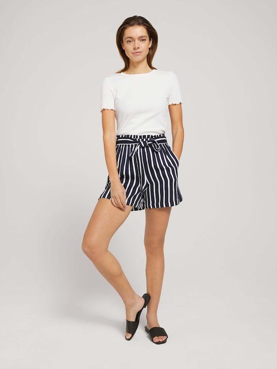 Relaxed Shorts mit LENZING™ ECOVERO™ - Frauen - navy white stripe - 3 - TOM TAILOR Denim