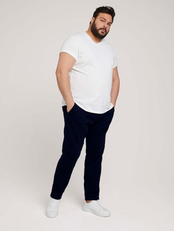 Slim Chino Hose mit Bio-Baumwolle  - Männer - Dark Blue - 3 - Men Plus
