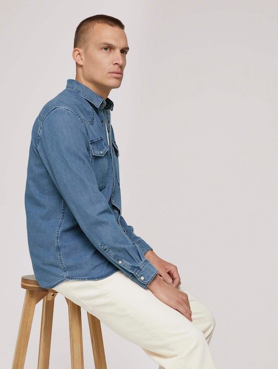 Denim shirt with chest pockets - Men - Clean Light Stone Blue Denim - 5 - TOM TAILOR