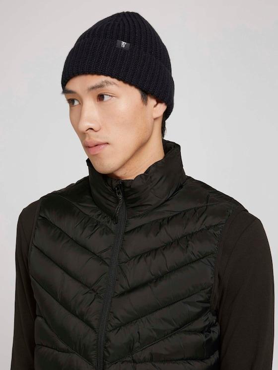 Hat with a logo badge - Men - Black - 5 - Tom Tailor E-Shop Kollektion