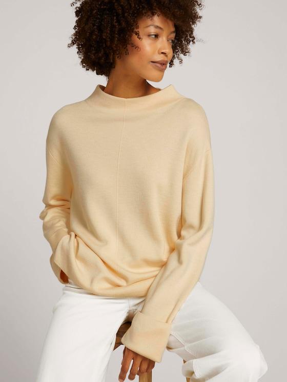 sweatshirt with a turtleneck - Women - maple cream - 5 - Mine to five