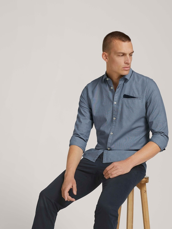 Slim fit shirt with a chest pocket - Men - blue navy structure - 5 - TOM TAILOR