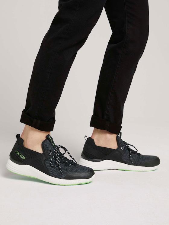 Strukturierte Sneaker - Männer - black-lime - 5 - TOM TAILOR
