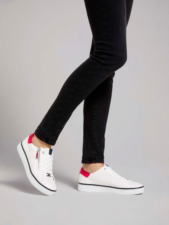 Sneaker mit Reißverschluss-Details - Frauen - white - 5 - TOM TAILOR