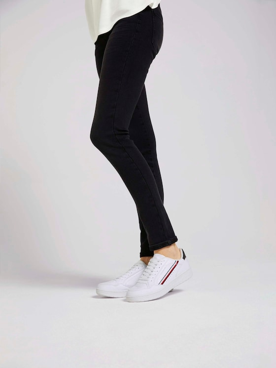 Sneaker mit Streifendetail - Frauen - white - 5 - TOM TAILOR