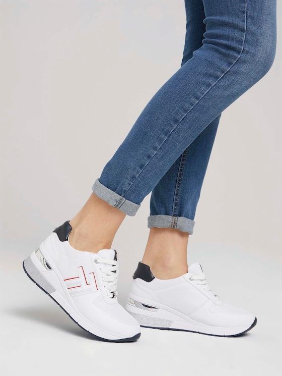 Sneaker mit Keilabsatz - Frauen - white - 5 - TOM TAILOR