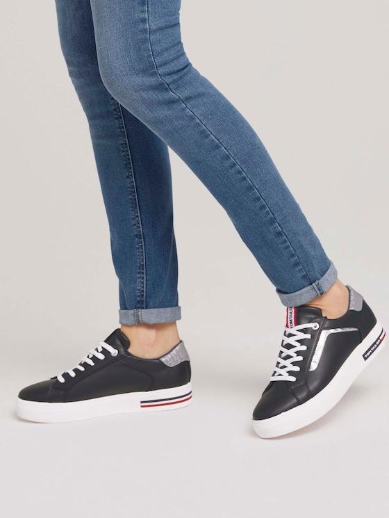 Sneaker mit Silberstreifen - Frauen - navy - 5 - TOM TAILOR