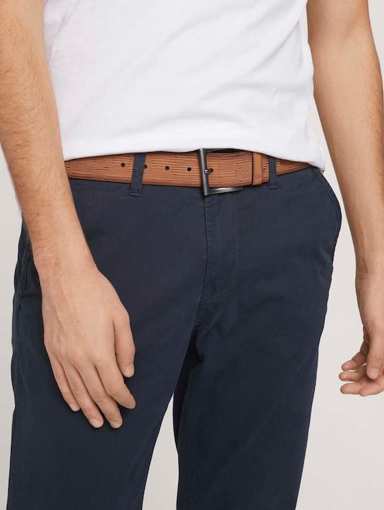Geprägter Ledergürtel im Used Look - Männer - light brown uni - 5 - TOM TAILOR Denim