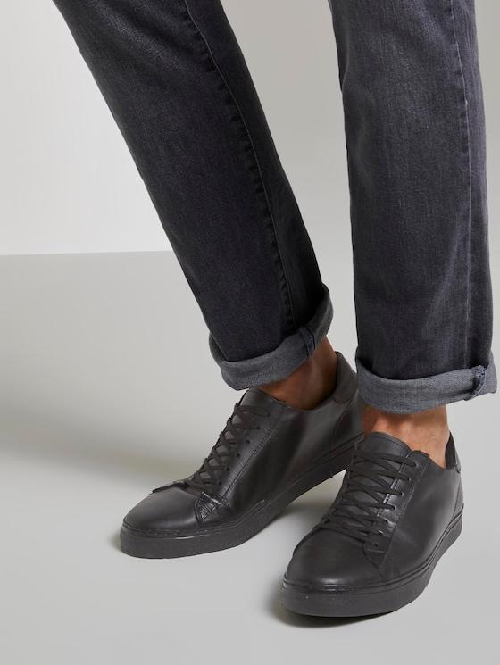 Schlichte Ledersneaker - Männer - black - 5 - TOM TAILOR