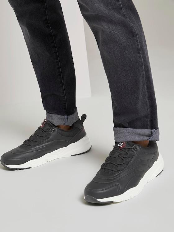 Sneaker mit Logo-Stickerei - Männer - black - 5 - TOM TAILOR