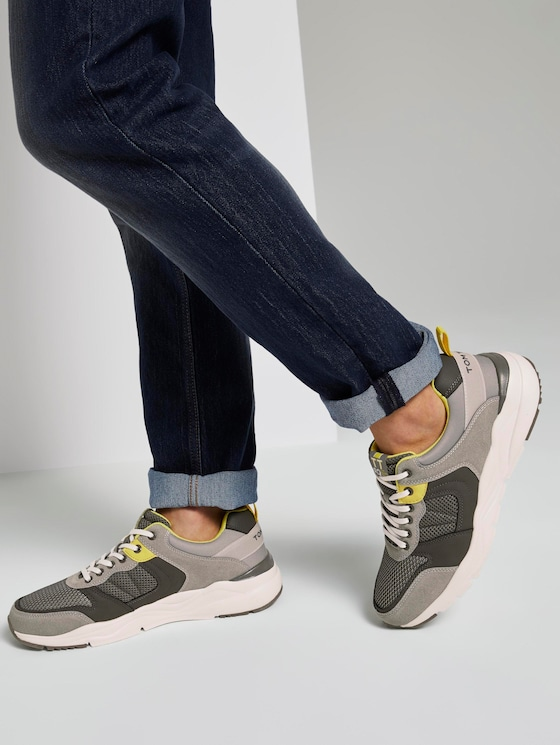 Sneakers with a thick sole - Men - grey - 5 - TOM TAILOR