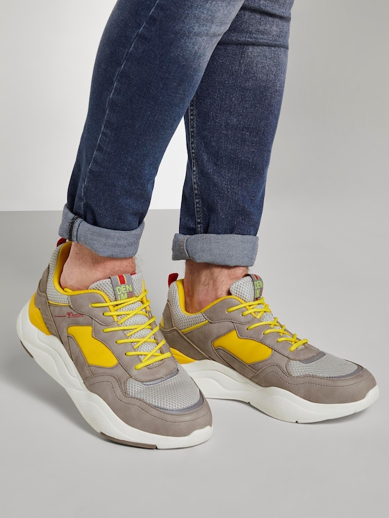 Sneaker mit dicker Sohle - Männer - grey-yellow - 5 - TOM TAILOR Denim