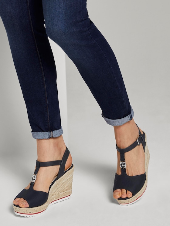 Wedge heel sandals with a logo coin - Women - navy - 5 - TOM TAILOR