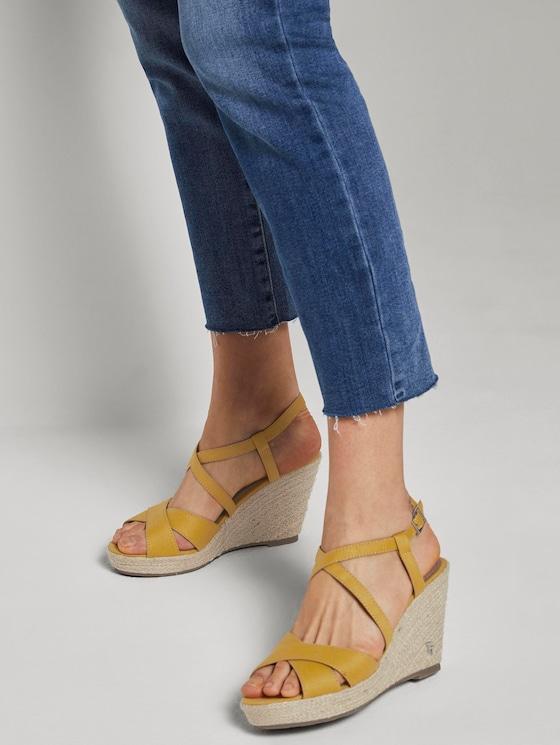 Imitation leather wedge heel sandals - Women - yellow - 5 - TOM TAILOR