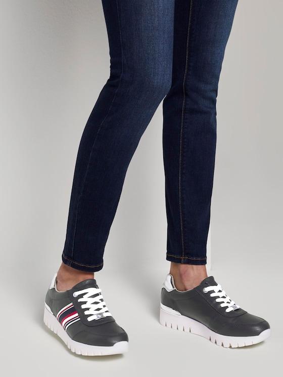 Sportlicher Sneaker mit Metallic-Details - Frauen - navy - 5 - TOM TAILOR