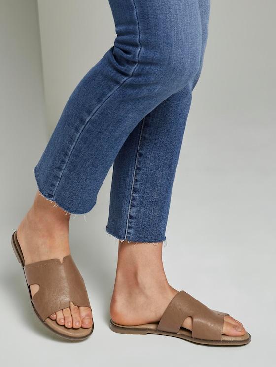 Sandalen aus Lederimitat - Frauen - cognac - 5 - TOM TAILOR