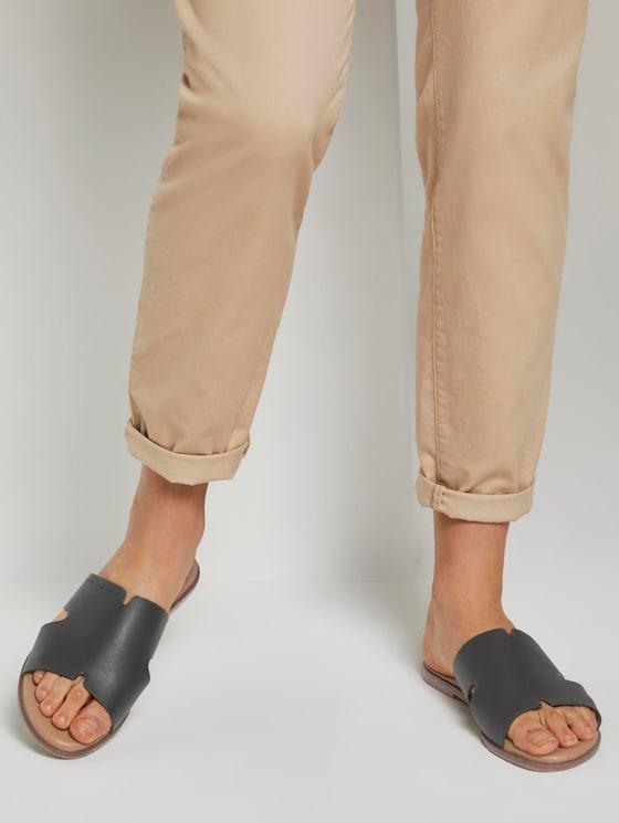 Sandalen aus Lederimitat - Frauen - black - 5 - TOM TAILOR
