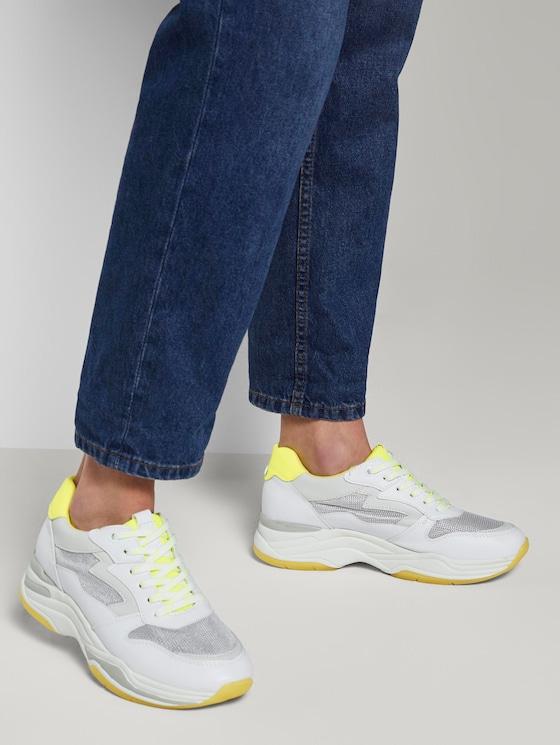 Sneaker mit Neon-Details - Frauen - white - 5 - TOM TAILOR Denim