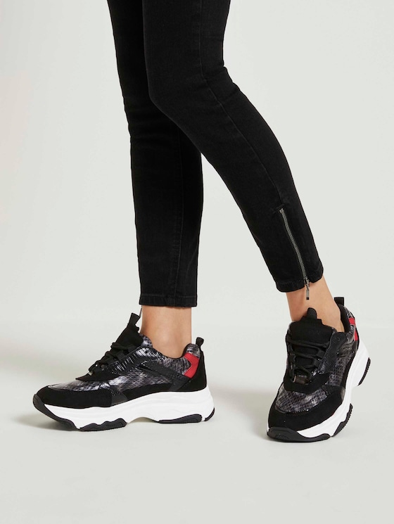 Chunky Sneaker mit Schlangenprint - Frauen - black-grey - 5 - TOM TAILOR Denim