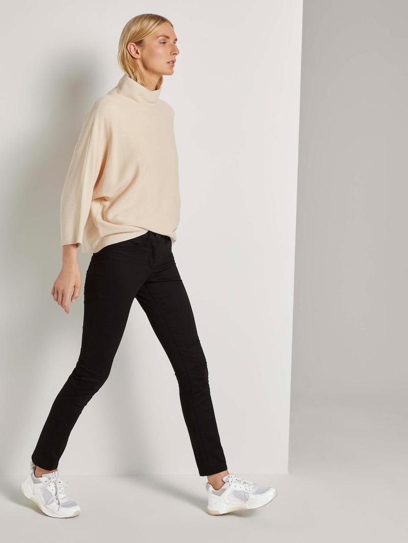 Tom Tailor Alexa Jeans Style Von Hat Ein Gerade Geschnittenes Und Etwas Weiteres Bein Vaqueros Slim para Mujer